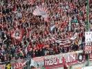 Im Fritz-Walter-Stadion - die Westkurve